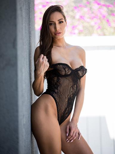 Desiree Dulce porn videos