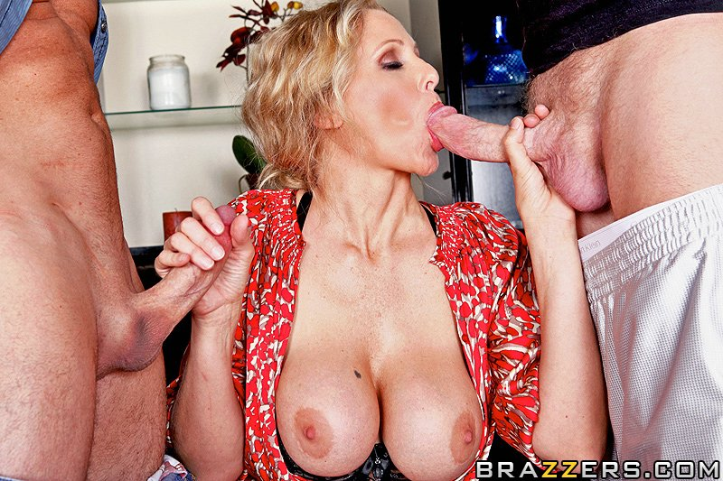 Welcoming Your Cock To The Building Julia Ann