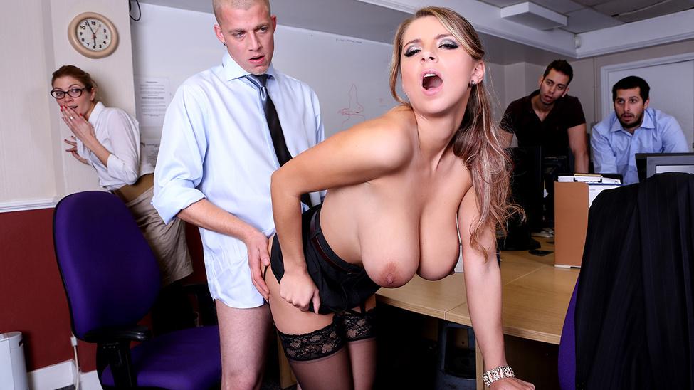 Порно в офисе бразерс