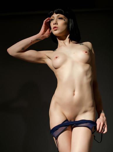 Σπίτι κορίτσι Γυμνά