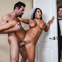 Divorced mother shaved pussy