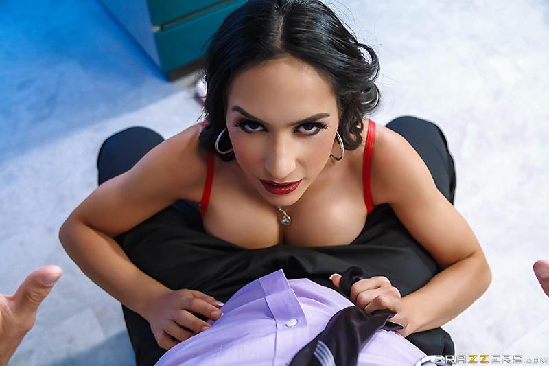 Voyeur Pictures Of Women In Underwear