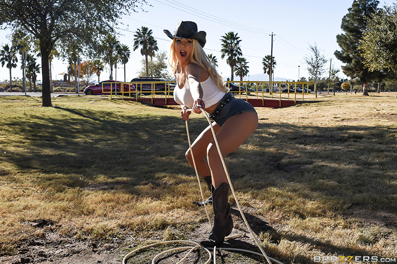 Nicolette Shea  - Cock Hungry brazzersnetwork @2867/nicolette-shea amazon,bigass,bigtits,bigtitsworship,blonde