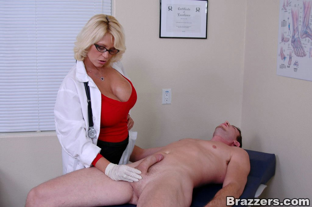 female doctor sex with patient