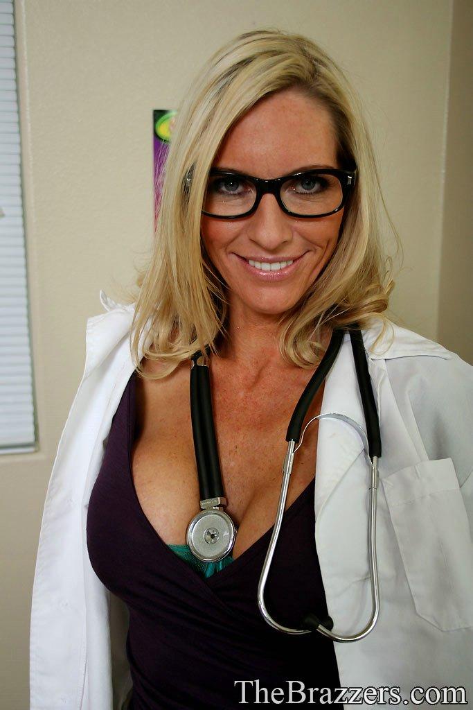 Milf doctor sex