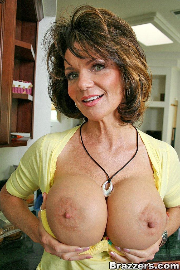 Mature big boobs pics, hd big boobs porn galery