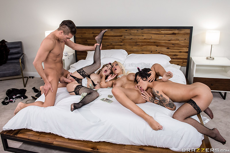 ZZ Series – Rich Fucks: Part 2 – Bridgette B, Honey Gold, Kristen Scott & Xander Corvus