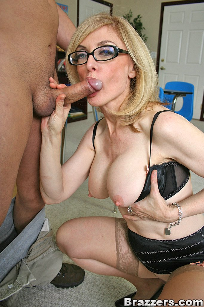 Mature teacher porn and older women pics