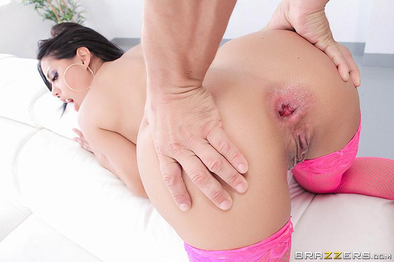 Scarlett johansson s tits
