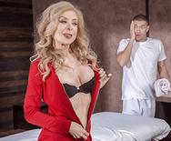 Melissa satta naked pussy