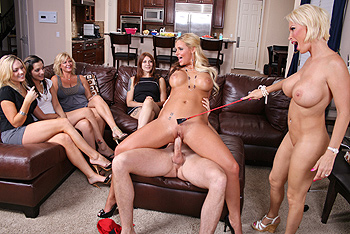 Phoenix marie milfs like it big