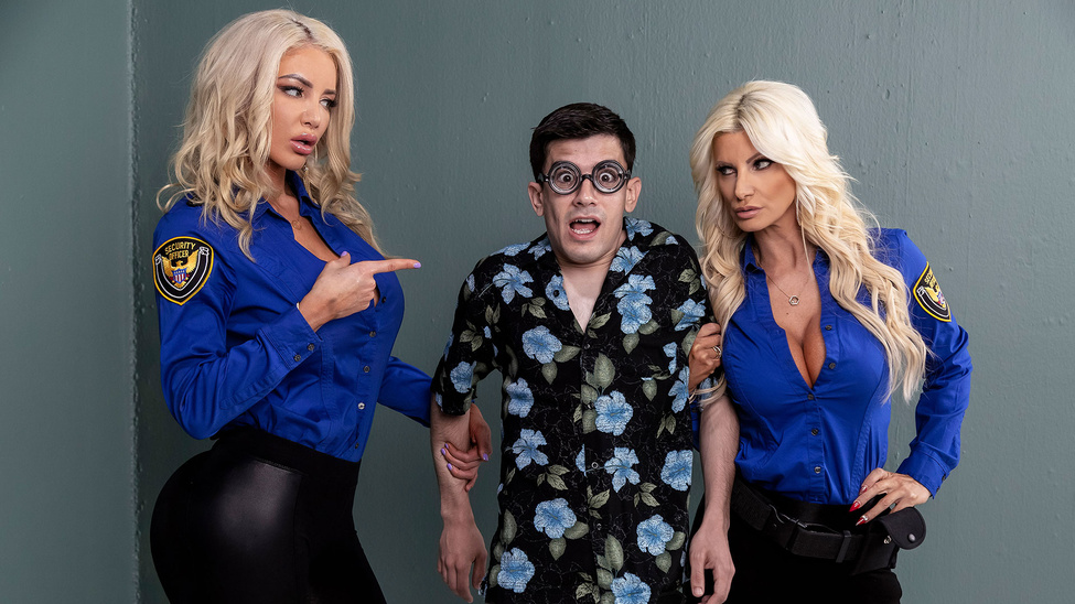 [BrazzersExxtra] Brittany Andrews, Nicolette Shea – Fucking His Way Into The USA