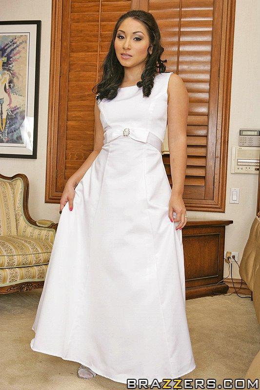Roxy jezel wedding