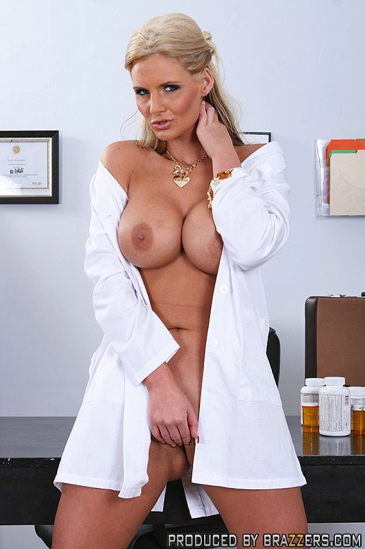 nude lady doctors