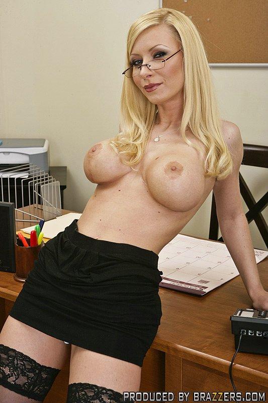 big Leggy tit blonde