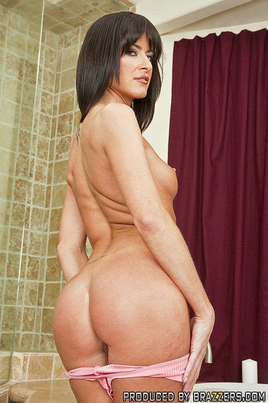 Hot Ebony Teen Nude
