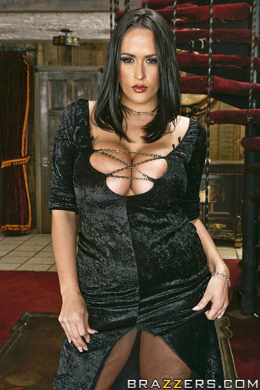 Nikki Benz  - The Royal Co brazzersnetwork @321/nikki-benz bigass,bigdickworship,bigtits,blackhair,brunette