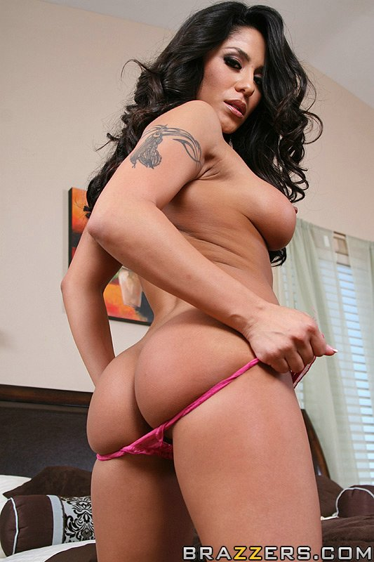 Nyomi Banxxx Kelly Divine