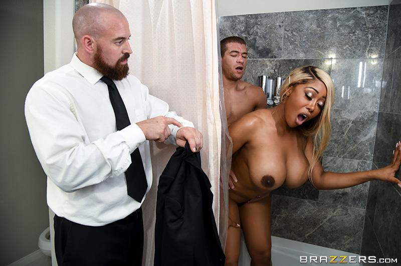 Black Couple Fuck Shower
