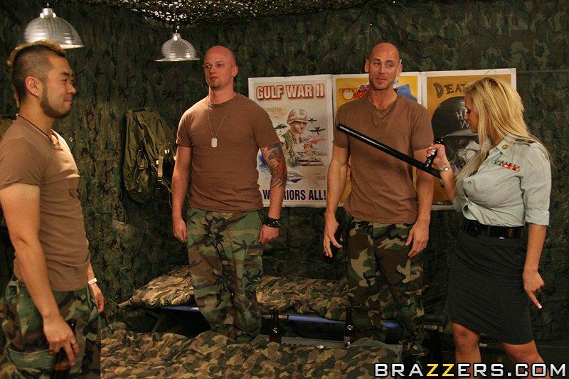 Пенис армия порно