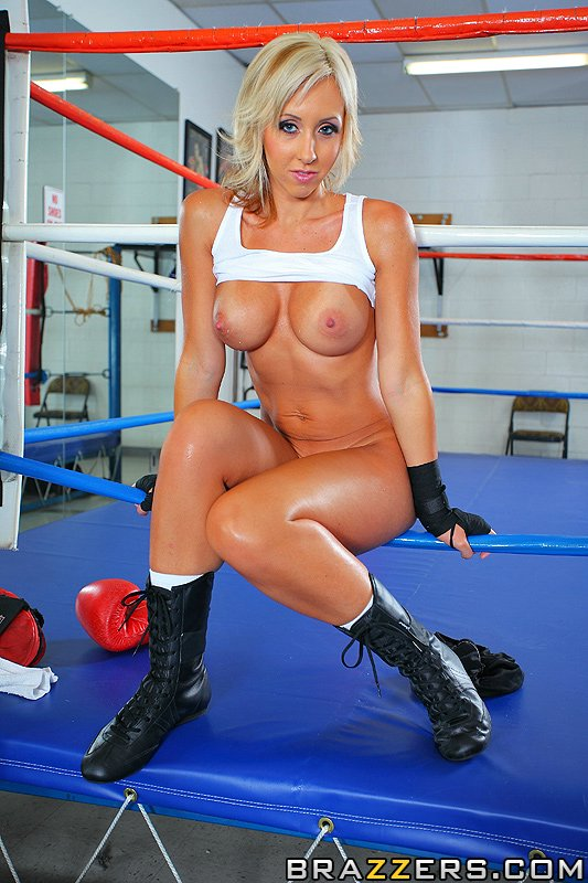 Boxing bitch sexy