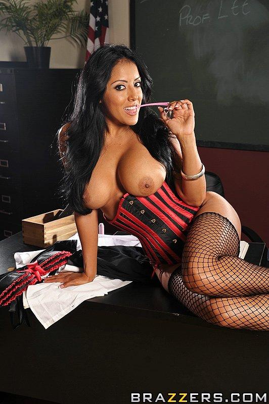 Kiara Mia Teacher