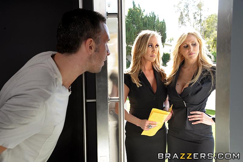 Ebony female pornstars squirting