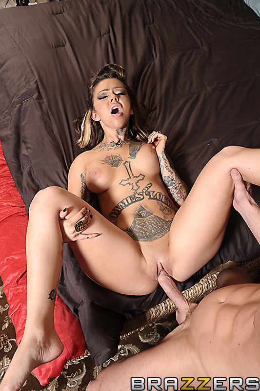 cock roll n thanksgiving Julia bond