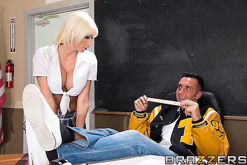 Rikki Six  - Duel Intenti bigtits bigtitsworship blackhair blonde blowjob brazzersnetwork @1887/rikki-six