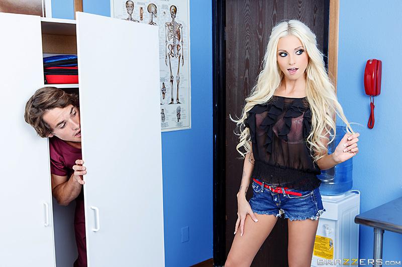 Rikki Six  - Peeping Nurs bigtits bigtitsworship blonde blowjob brunette brazzersnetwork @1887/rikki-six