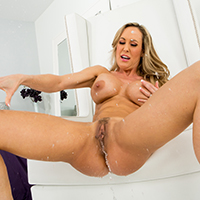 Hot naked pornstars squirting — photo 6
