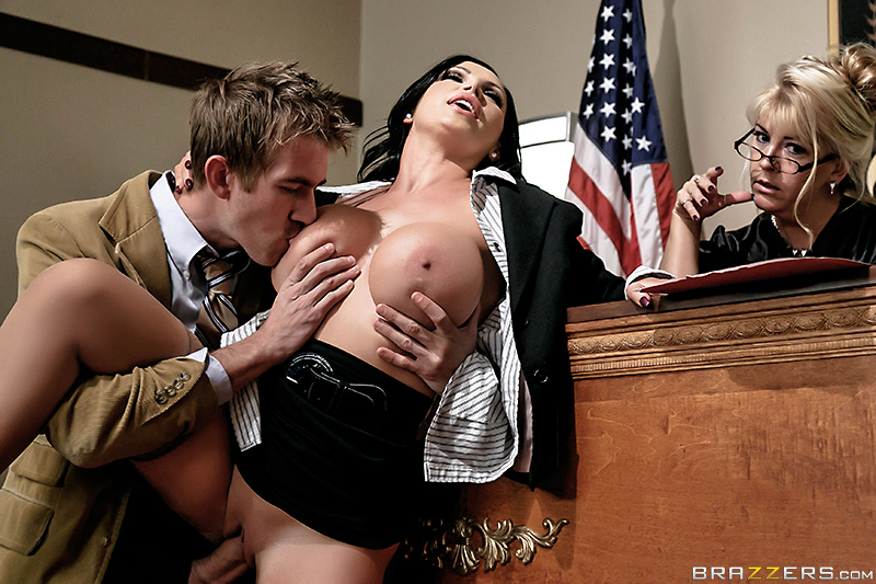 Sexy nude lawyer — pic 9