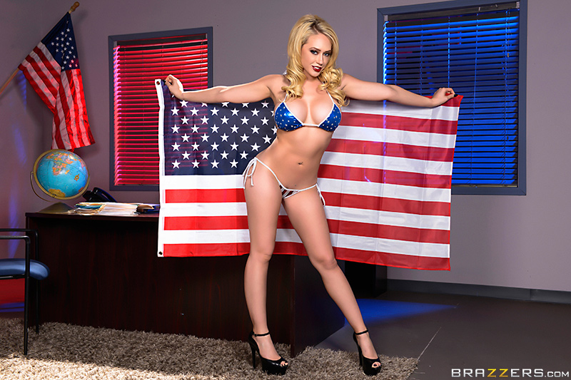 Kagney Linn-karter  - Deez Tits Fo brazzersnetwork @954/kagney-linn-karter bigtits,blonde,boss,bubblebutt,businesswoman