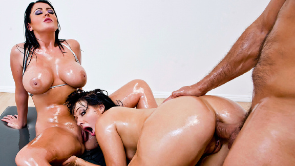 porn Totally free threesome